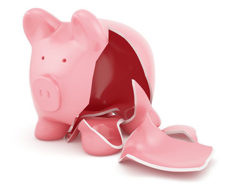 financial crisis empty piggy bank